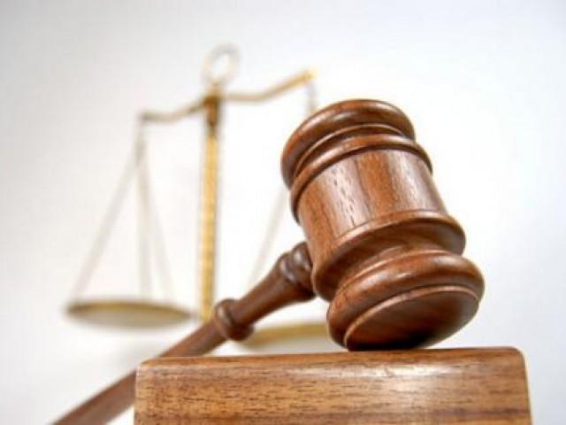 Суд член семьи собственника в другое место жительства утрачивает право